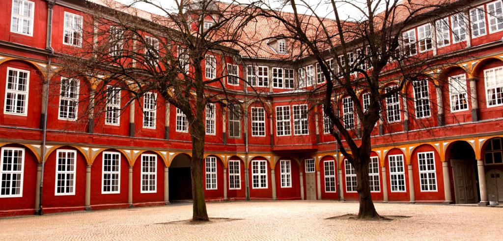 Entrümpelung In Wolfenbüttel Stark Dienstleistungen