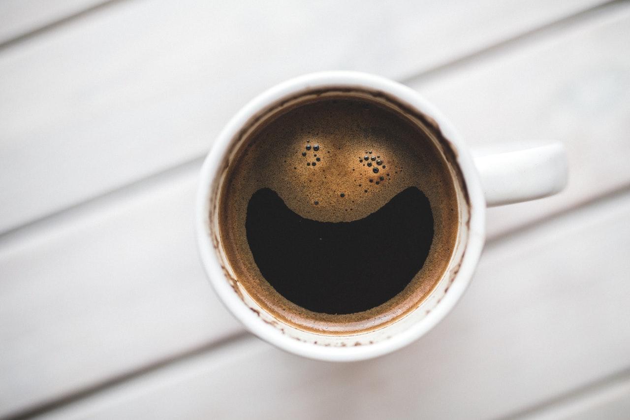 Homepage fertig lachender Kaffee