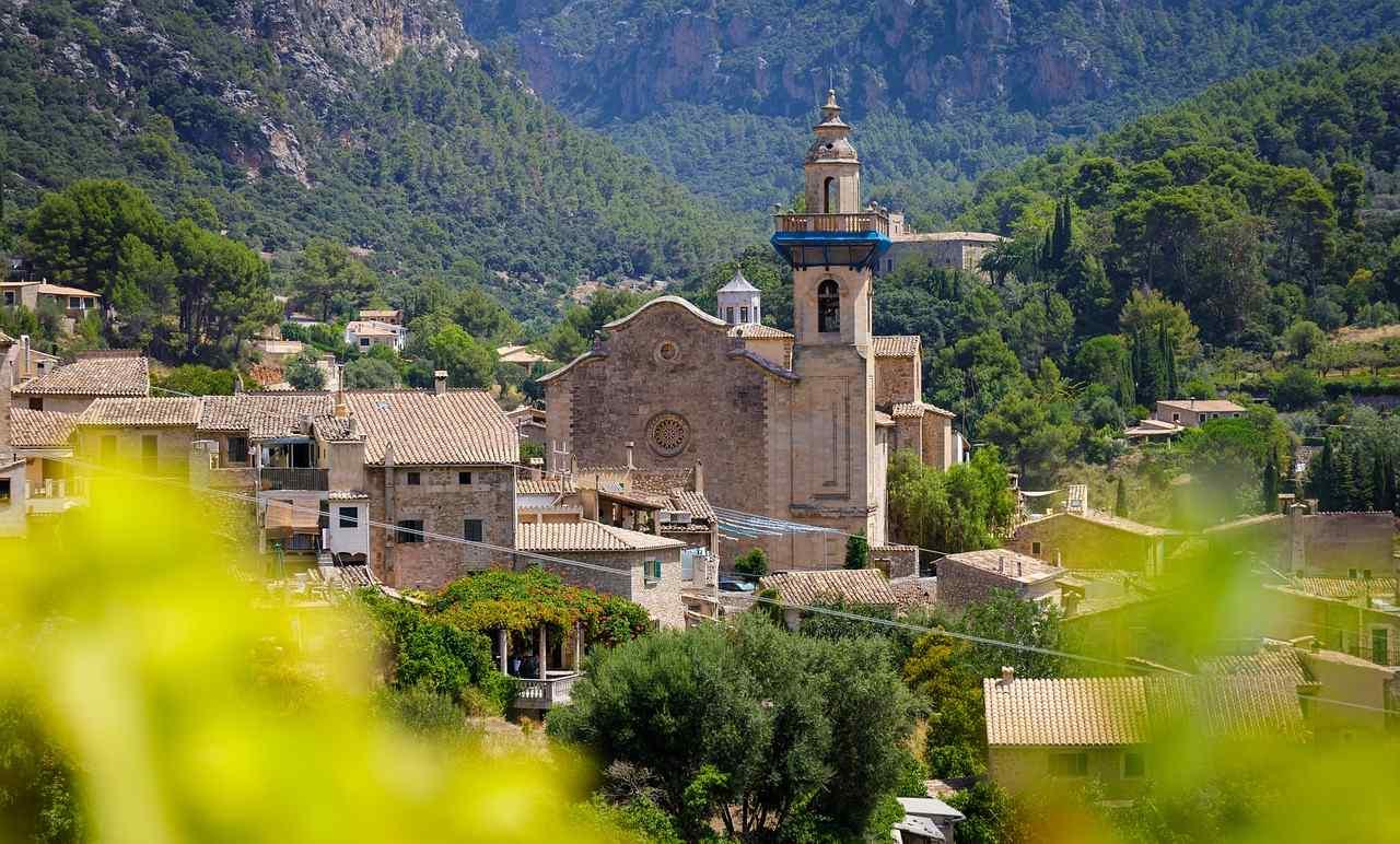 Marinaleda Spanien – Hier kostet die Miete nur 15 Euro und jeder verdient genau 1.200 Euro im Monat
