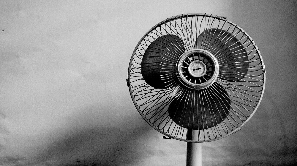 Zimmer kühlen im Sommer_Ventilator