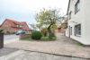 ZFH in Klein Heidorn | 233 m² Wohnfläche | Feldblick auf 1.819 m² | 2 Garagen | Ausbaupotential uvm. - Auffahrt + Hauseingang