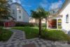 Solingen-Ohligs: MFH + EFH | 365 m² Wohnfläche | 506 m² Eckgrundstück mit Terrasse & Carport uvm. - Ausblick auf das Grundstück