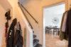 Solingen-Ohligs: MFH + EFH | 365 m² Wohnfläche | 506 m² Eckgrundstück mit Terrasse & Carport uvm. - Treppenaufgang zum OG