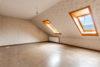 Bad Nenndorf: ca. 180 m² auf 3 Etagen im Zentrum | 1 Terrasse & 2 Balkone | voll unterkellert uvm. - Zimmer 3 - 2. OG