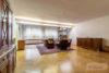 Bad Nenndorf: ca. 180 m² auf 3 Etagen im Zentrum | 1 Terrasse & 2 Balkone | voll unterkellert uvm. - Wohnzimmer