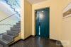 Ricklingen: 96 m² Parterre-Whg. | Tiefgarage & Fahrstuhl | riesige Terrasse | elektr. Rolläden uvm. - Fahrstuhl und Treppenhaus