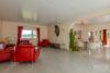 Köln: Bungalow mit 106 m² Wohnfläche + 35 m² Wintergarten | große Ausbaureserve | Feldblick uvm. - offenes Wohnzimmer