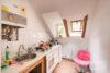 Linden-Mitte: Sehr helle DG-Wohnung | 2 Zimmer | ca. 45 m² Wohnfläche | Kein Sanierungsstau uvm. - Küche