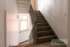 Linden-Mitte: Sehr helle DG-Wohnung | 2 Zimmer | ca. 45 m² Wohnfläche | Kein Sanierungsstau uvm. - Treppenhaus